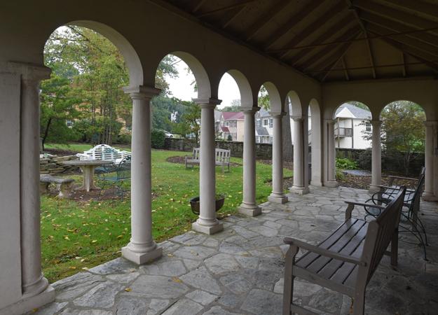 Livengrin-Serenity-Garden-Campus